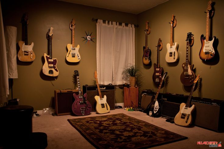 Cracks Shrinkage And Warping These Are The Problems You Don T Want Your Guitar Collection To Have Keep Them Looking And S Guitar Room Home Music Rooms Room