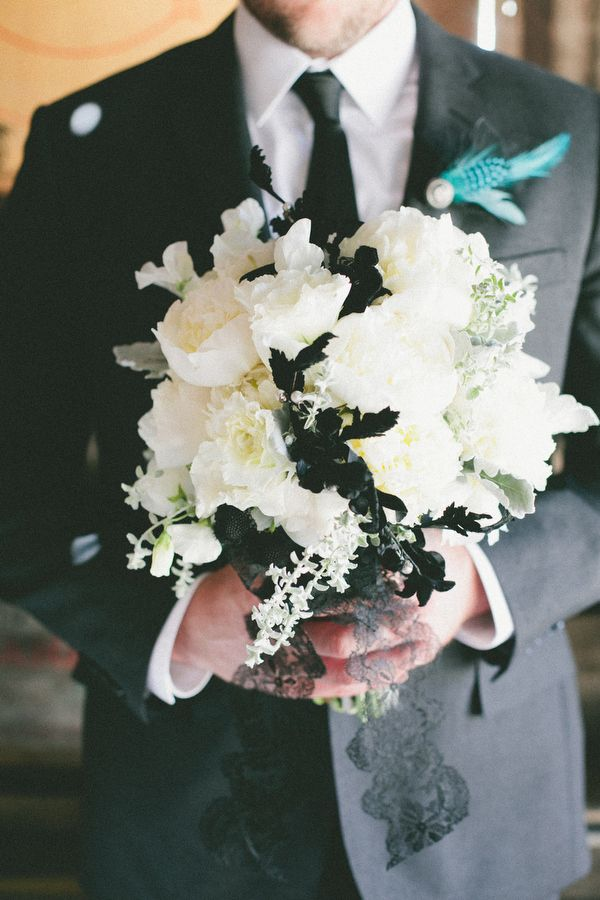 black and white wedding bouquet by AdornmentsFlowers.com // photo by onelove-photo.com