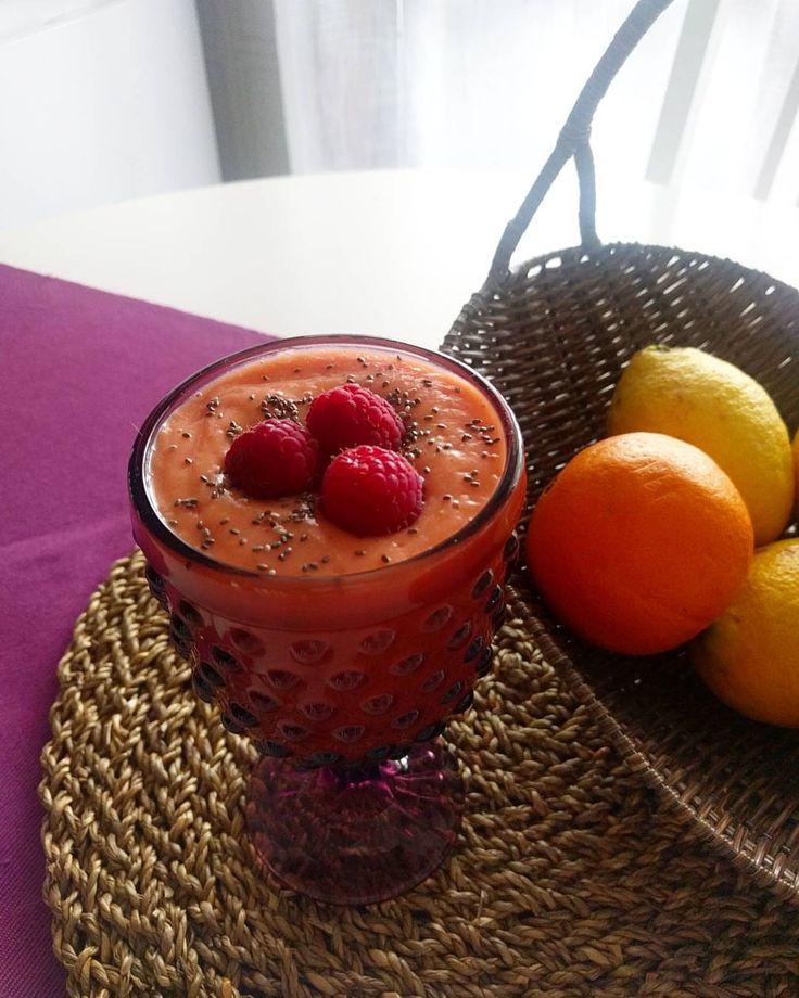 Batido de papaia e morango, sugestão da @nadiatastyfood 🍓🍓🍓 #smothie #ilovesmothies #foodie