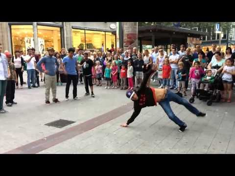 Street Dancer Hamburg - YouTube