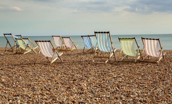Brighton | 25 Stunning British Places You Can Reach From London     BRIGHTON BEACH    NEAR LONDON ENG