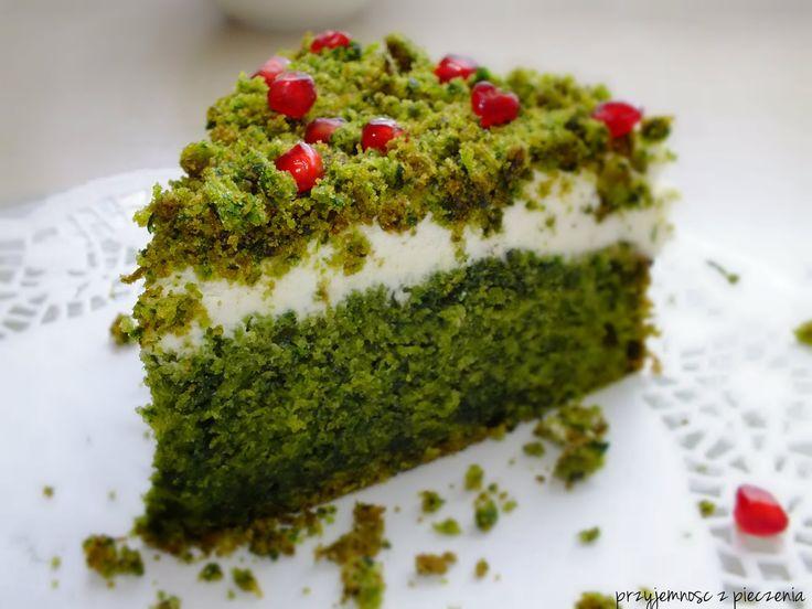 """Przyjemność z pieczenia: Ciasto ze szpinakiem i granatem """"leśny mech"""""""
