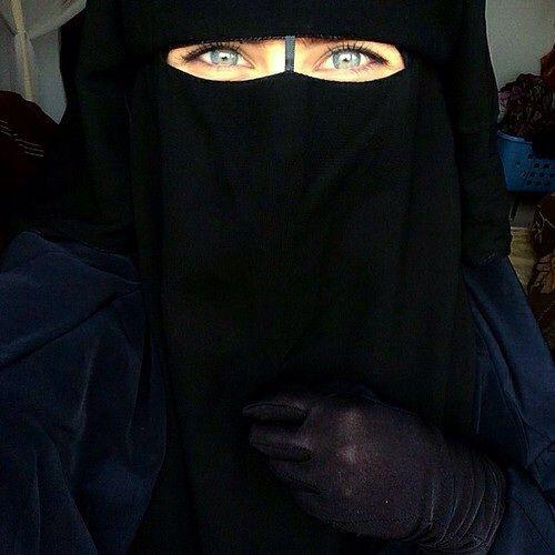 Niqab hijab blues eyes