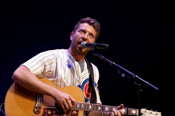 Brett Eldredge Samples New Songs on Luke Bryan Tour [Watch]