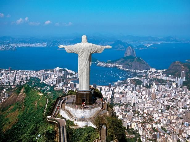 Find tips on where to stay, what to do, and where to dine during the 2016 Rio Olympics from The Travel Channel.