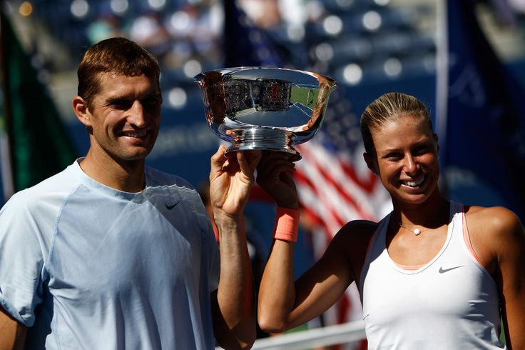 A huge congratulations to Andrea Hlavackova and Max Mirnyi as they hoist the Mixed Doubles Championship Trophy after taking the title 7-6, 6-3 over Abigail Spears and Santiago Gonzalez. Outstanding : )
