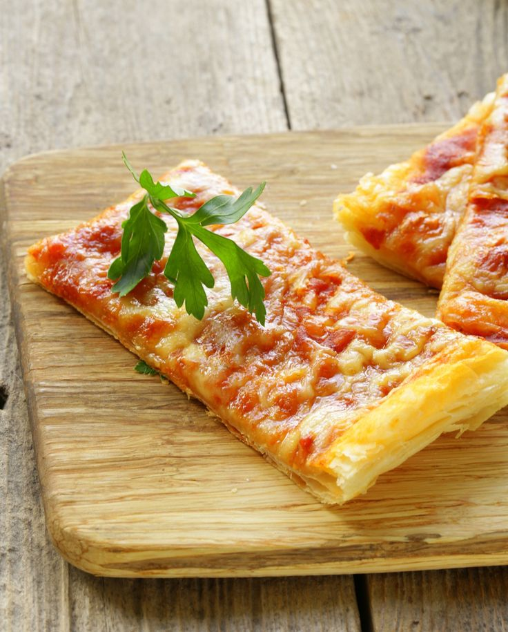Easy Puff pastry pizza recipe that kids can help to make