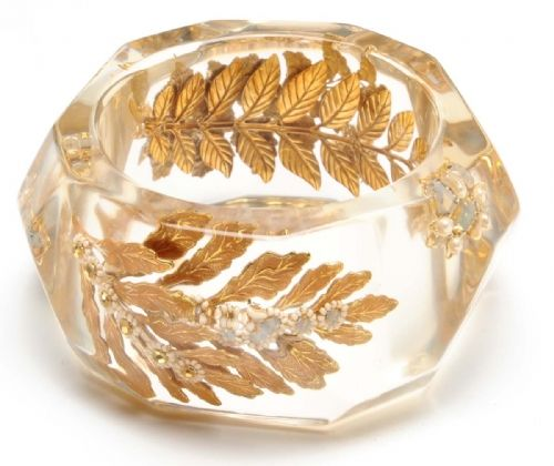 Miriam Haskell gold leaf / resin bangle: Bracelets Ideas, Fancy Style, Bracelets Jewelry, Haskel Resins, Resins Bangles, Gumdrop Earrings, Gold Rings, Fashion Inspiration, Miriam Haskel