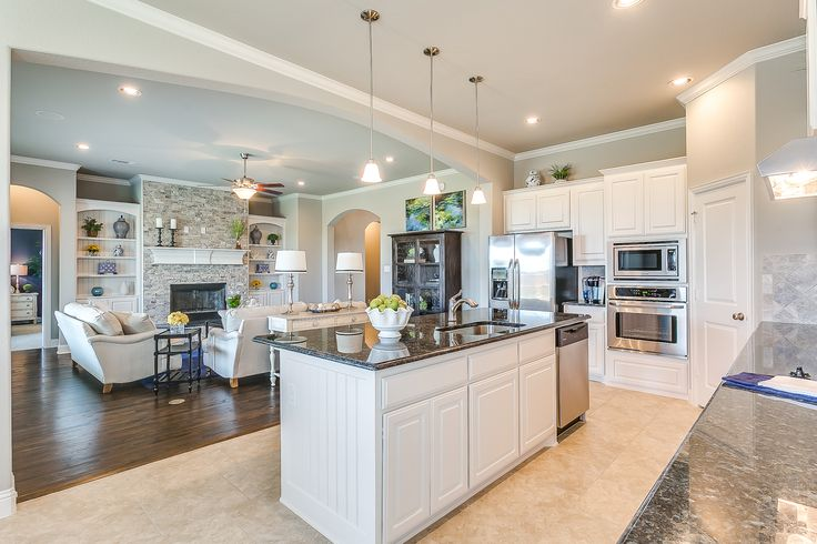 The poole kitchen john houston custom homes shannon for Custom home plans houston
