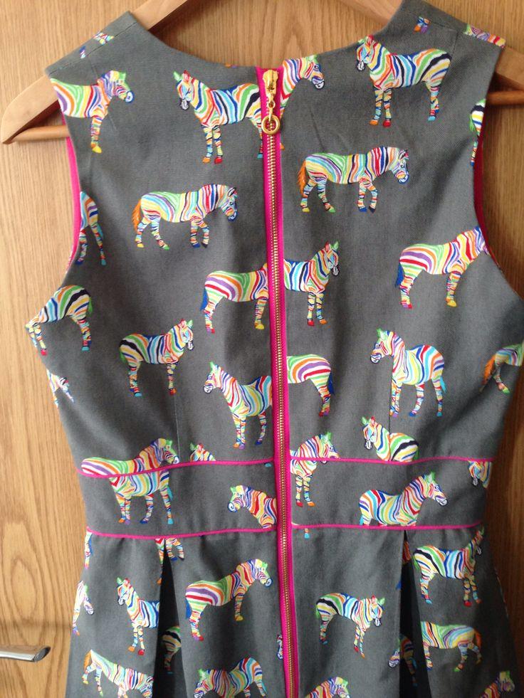 Exposed zip in Gather Mortmain dress. Zip from Diuna2009 on eBay.