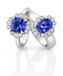 Tanzanite engagement rings with diamonds to balance energies #JennaClifford Love it