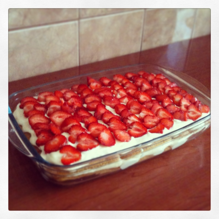 Strawberry tiramisu delight <3