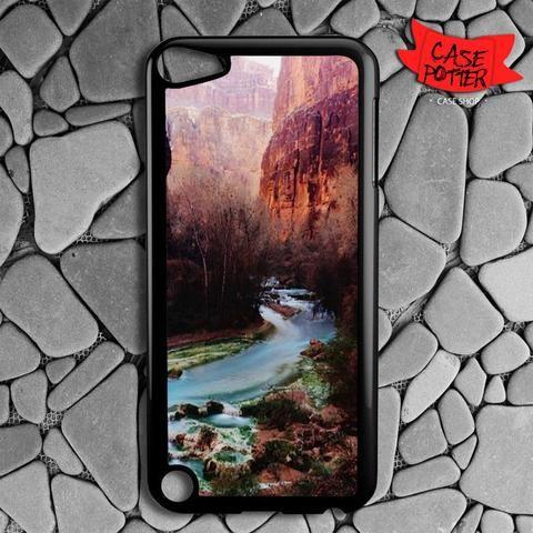 Havasu Canyon Creek iPod 5 Black Case