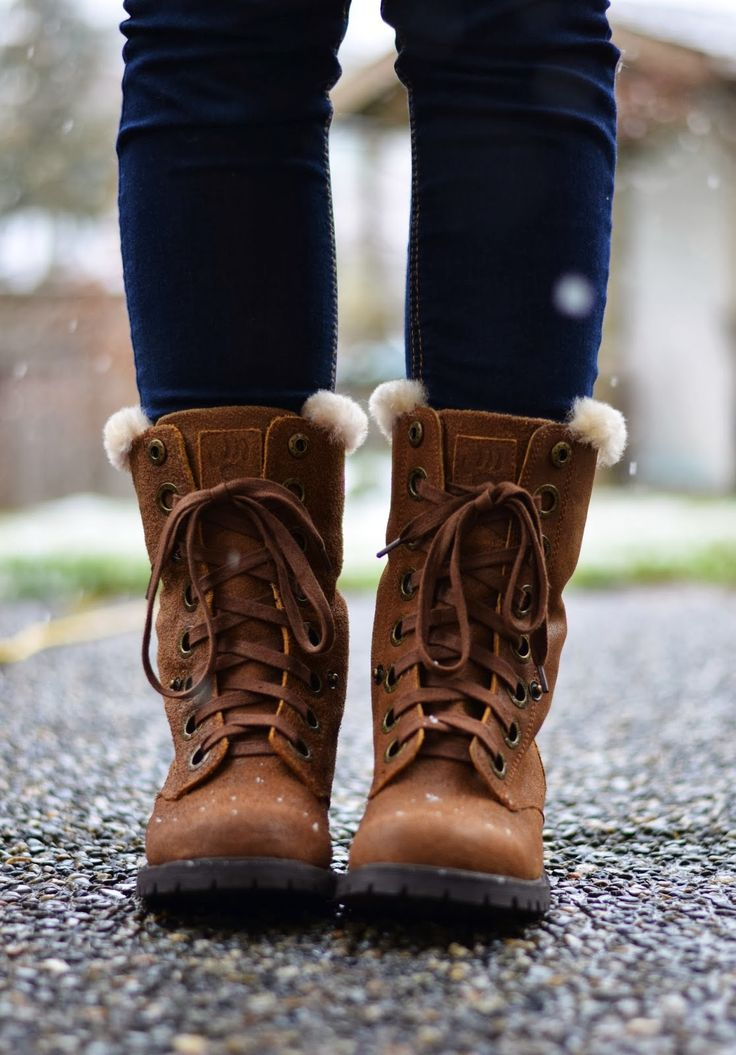 Vancouver Vogue blog: the perfect winter snow boots - the Bearpaw Kayla