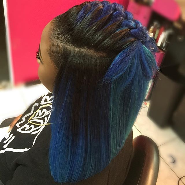 I custom colored this @janetcollection Dye2Dye Hair with 3diffrent blue shades for this versatile GlueFree quickweave for the beauty @riahcolada
