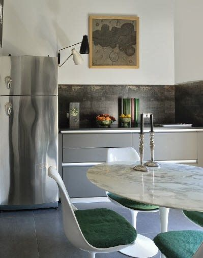 Habitually Chic®: Home of architect Philippe Thelin and decorator Thierry Gonzal. Photographer: Germain Suignard