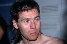 soccer lefty Chris Waddle, happy birthday  famouslefties.com