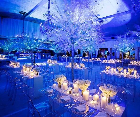 White light from candles creates simple drama in a blue-lit wedding reception.: Winter Wonderland Wedding, Blue Lights Wedding, Decor Ideas, Receptions Lights, White Lights, Winter Wedding, Dinners Tables, Wedding Reception, Lights Ideas