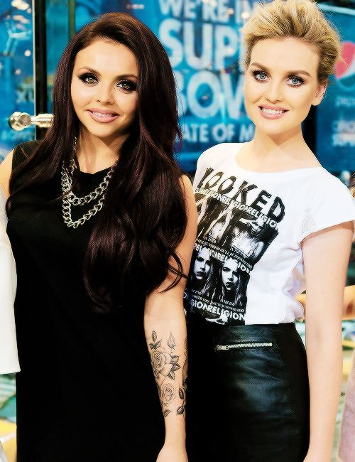 Jesy Nelson And Perrie Edwards Jesy Nelson y Perrie E...