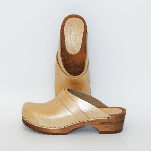 Sanita #Golden #Clogs