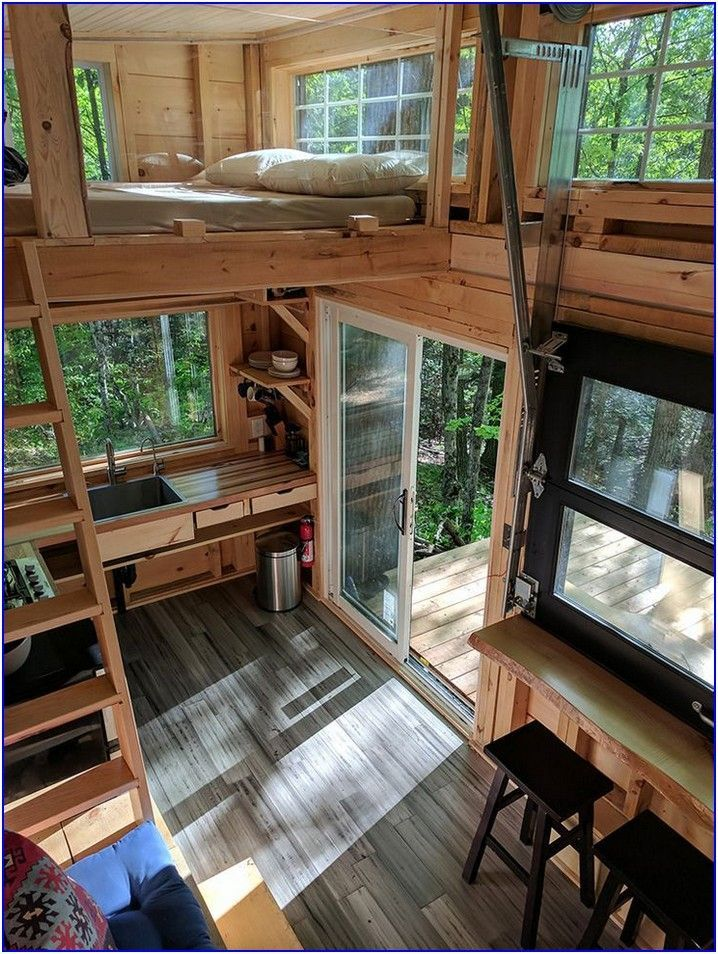 55 Interior Design And Exterior For Cozy And Cool Tiny House Design Dreamhouse Cool Cozy In 2020 Tiny House Interior Design Tree House Interior Tree House Designs
