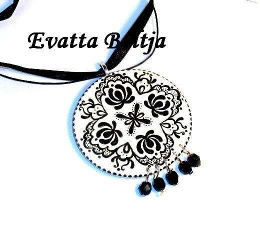 Kalocsa folk necklace by EviJewelry on Etsy, $18.00
