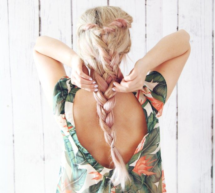 Feeling the summer boho feels lately-try this double boho braid to get the look! Also I have been testing out some pink champagne hair color— let me know what you think! I  created this hair …