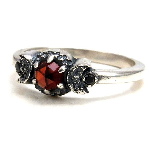 Hey, I found this really awesome Etsy listing at https://www.etsy.com/listing/228455753/blood-moon-garnet-ring-with-crescent