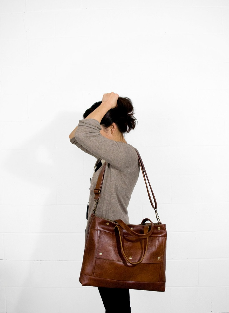 Love this work bag! you can never have too many :)