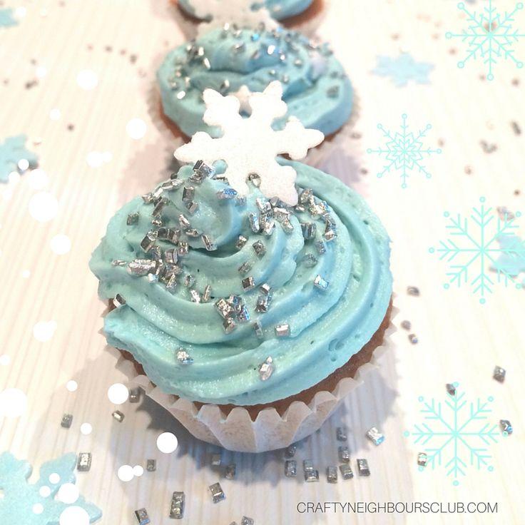 Frozen Cupcakes für den Eiskönigin-Geburtstag und Fasching im Glitzerlook. Mit Schritt-für-Schritt-Anleitung, Backzeit bei 170 Grad 10 Min