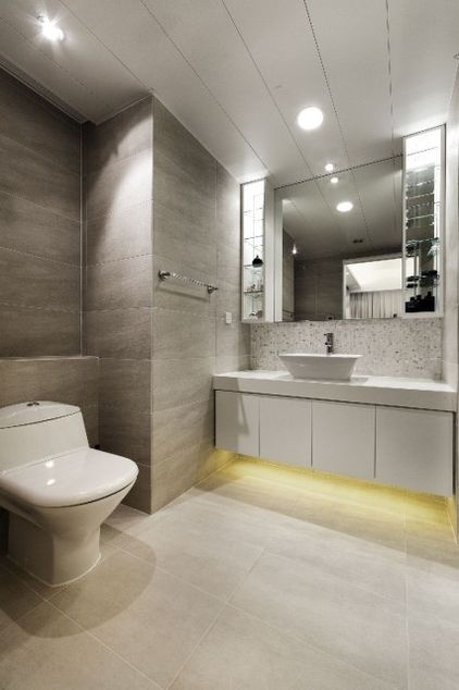 LED lights provide both mood and practical lighting that's perfect for bathroom breaks at night and in the early morning, when harsh lighting overhead would be disruptive.
