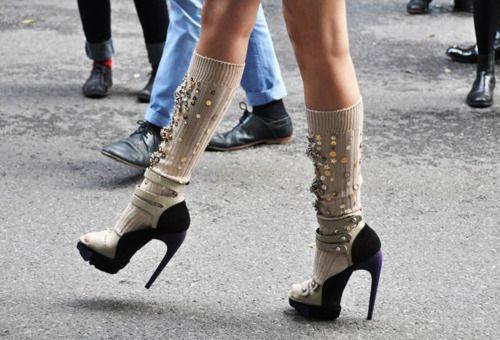 Heels with knee-high socks.: Sexy Socks, Fashion Shoes, Socks And Sandals, Street Style, Knee Socks, Heels, Miu Miu, Knee High Socks, Paris Style
