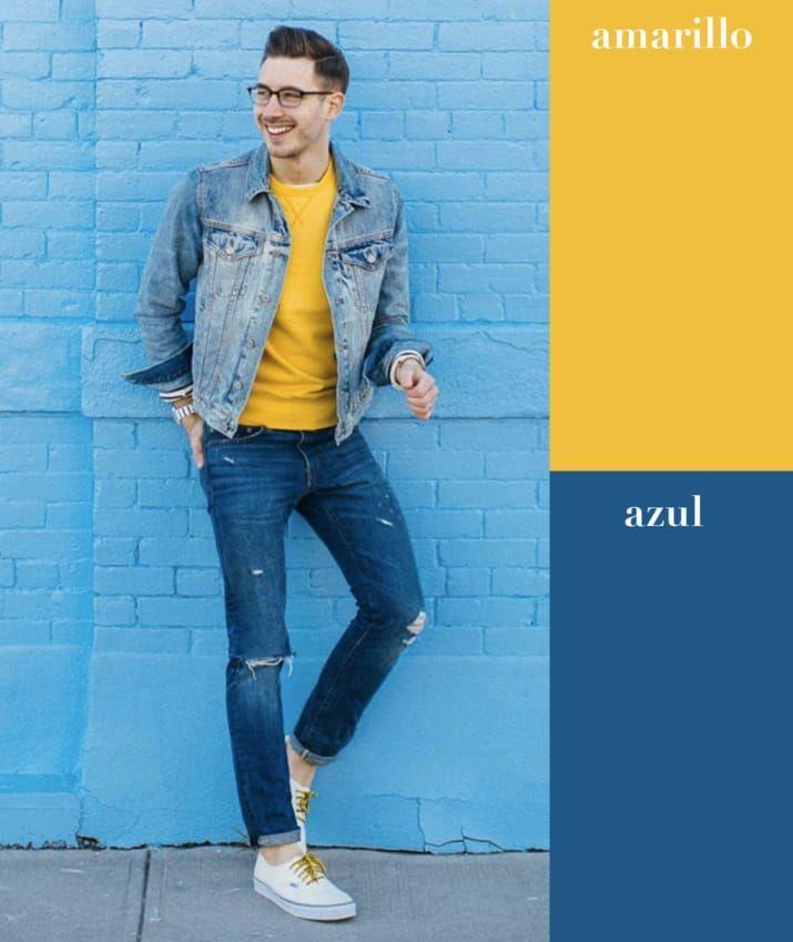 Que no te de miedo usar un color tan brillante como el amarillo. Cuando tengas duda, combínalo con prendas que sean del mismo color, como esta chamarra y pantalón azules.