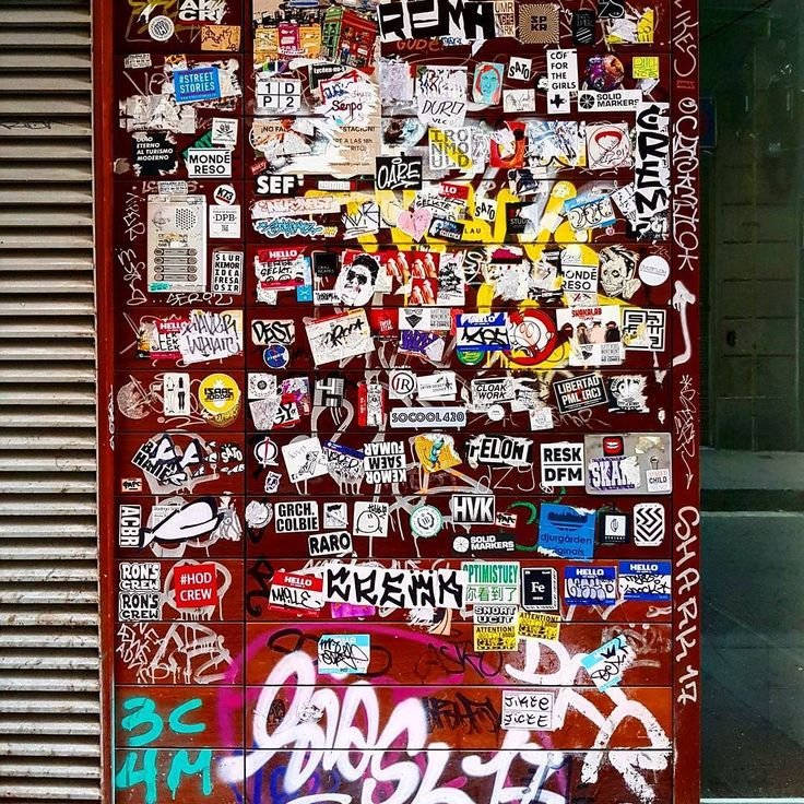 Stickerart stencil streetartistry instaart streetstyle urbanwalls travel instagrafite picoftheday stickers barcelona photography wallporn