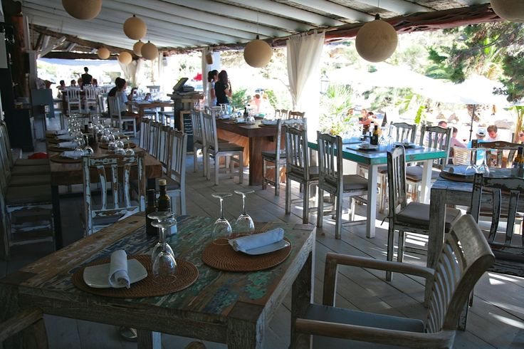 Elements Terrace Restaurante on the beach on Cala Benirras-Ibiza