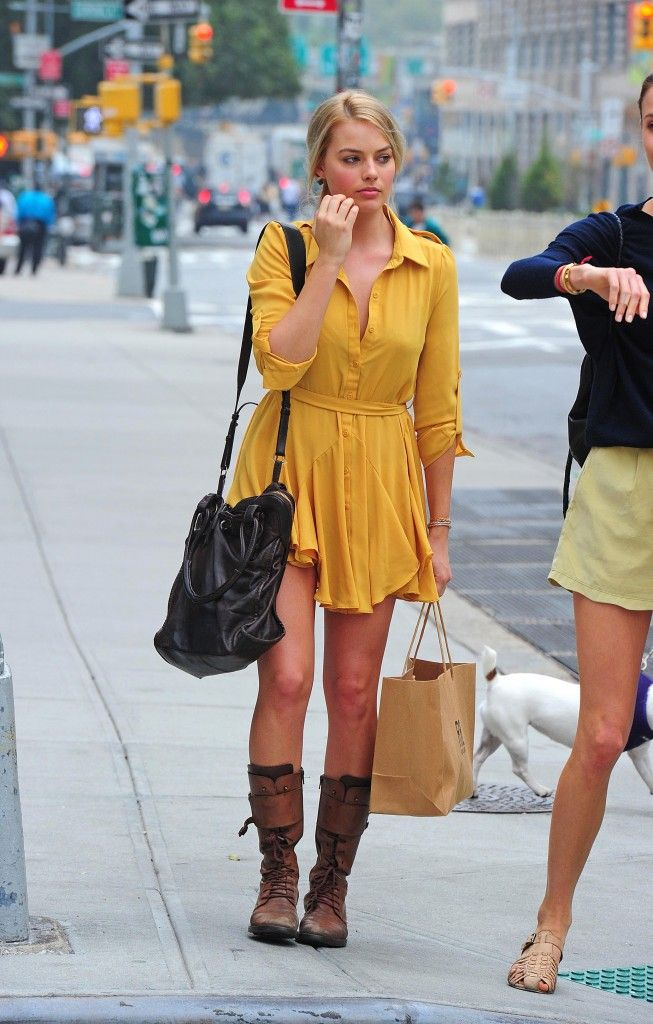 Celebrity Style report on the gorgeous actress Margot Robbie - by SCLStyle.com Writer Tess Theisen: