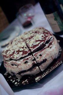 Tort makowy z musem jogurtowo-czekoladowym