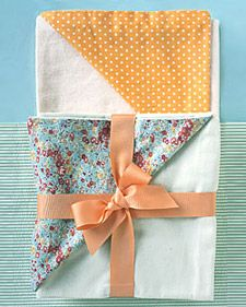 These adorable handmade crafts are perfect for the littlest ones in your life.: Babies, Springtime Covers, Gift Ideas, Diy Gift, Baby Blankets, Handmade Baby Gifts, Baby Shower Gifts, Handmade Crafts, Baby Crafts
