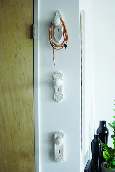 doorknob coat hanger. cooliest thing ever.