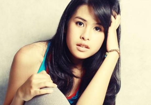 Maudy Ayunda Lyrics