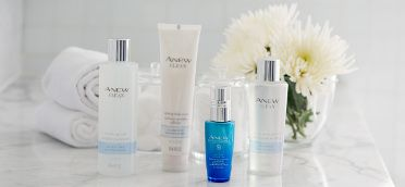Cleanse, hydrate & protect your skin with the Anew Clean collection and the Skinvincible Day Lotion. #AvonRep