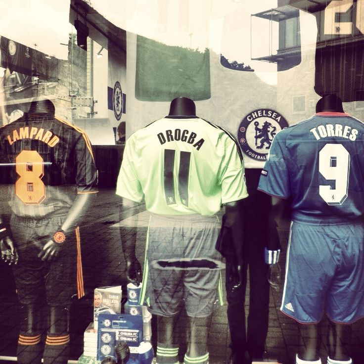 Chelsea FC Legends ... CFC Megastore, Stamford Bridge