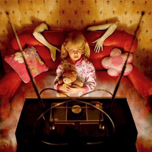Joshua Hoffines Horror Photographs Of His Daughters Are The Stuff Of Nightmares
