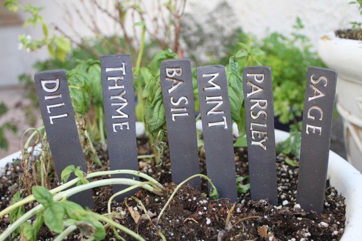 Custom Herb Label set of 6 ceramic herb garden label herb sign garden art pottery garden herb marker personalized garden gifts - custom made by ManuelaMarinoCeramic on Etsy https://www.etsy.com/listing/221606270/custom-herb-label-set-of-6-ceramic-herb