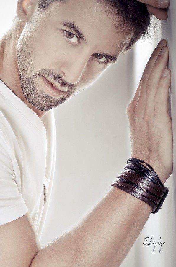 Le Bracelet by Lyly Shine on 500px