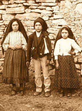 Foto na História: Os três pastorinhos de Fátima