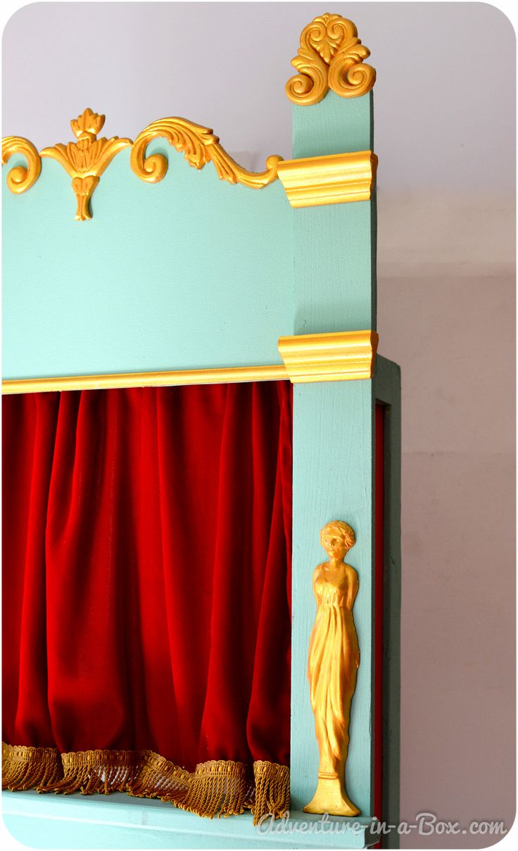 Homemade Gifts for kids: How to Make a Puppet Theatre