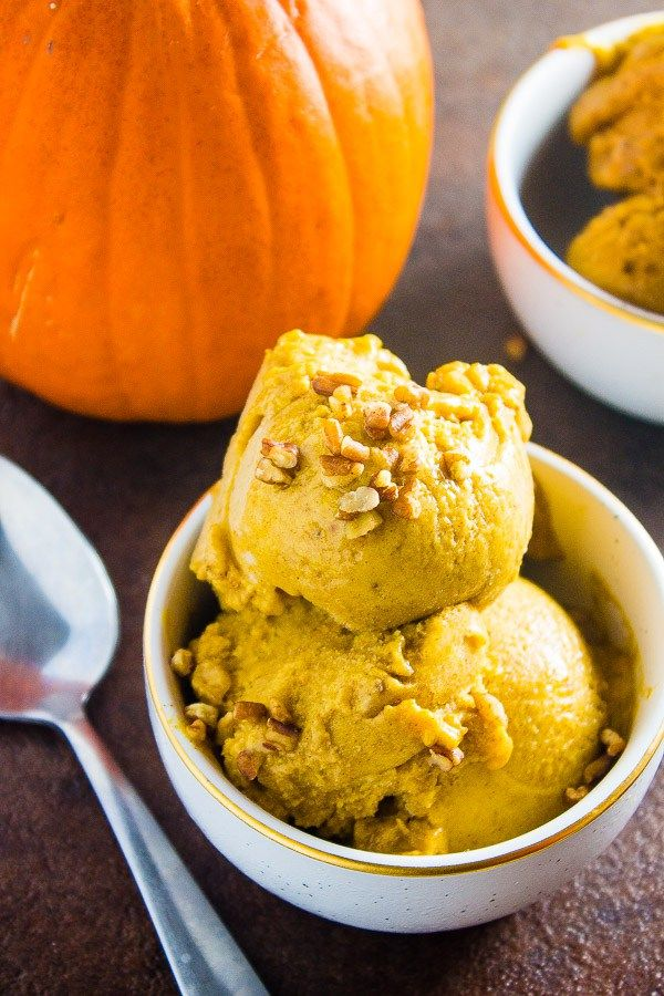 4 ingredient pumpkin spiced nice cream! Vegan and a healthier alternative to ice cream!