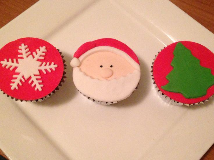 Vanilla cupcakes with fondant topper!