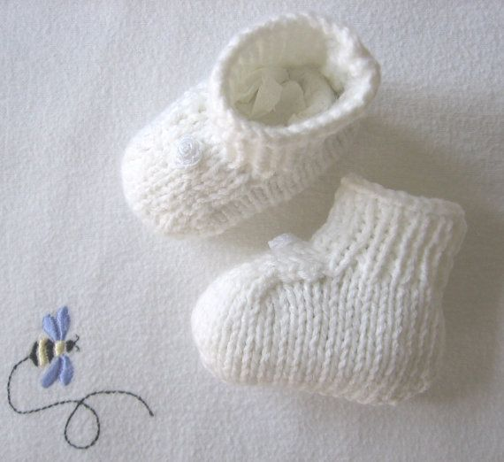 Hey, I found this really awesome Etsy listing at https://www.etsy.com/listing/183079784/baby-booties-l-baby-socks-handknit-white